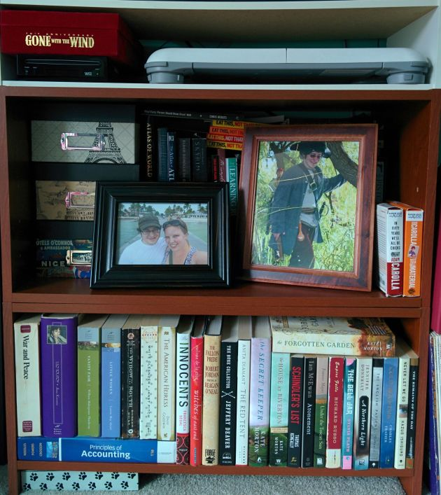 Bedroom Small Shelf Full